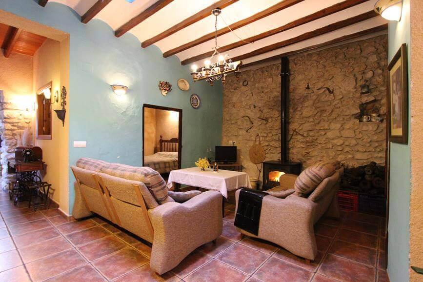 Salon Comedor Casa Rural Cal Rull en Benirrama